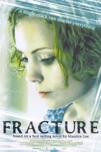 Fracture (2004)
