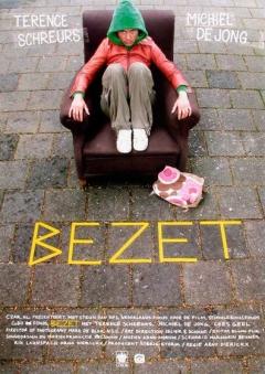 Bezet (2004)