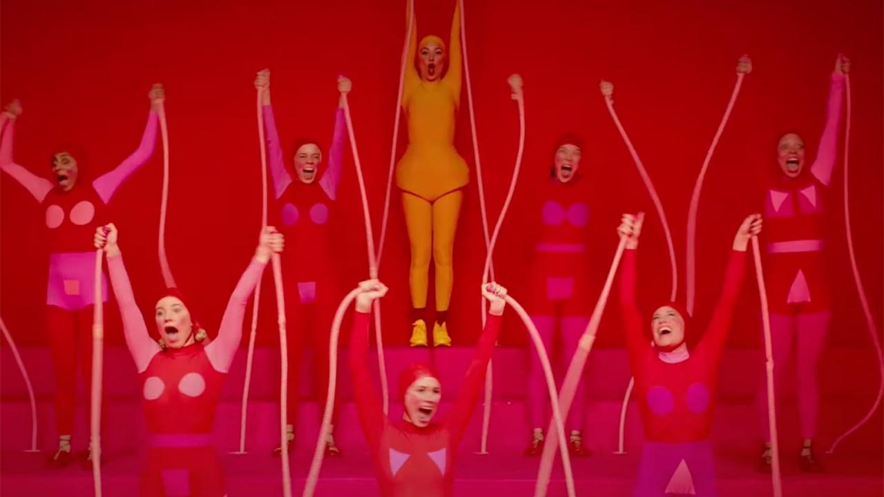 Autistische gemeenschap haalt keihard uit naar Sia's regiedebuut 'Music' - FilmTotaal