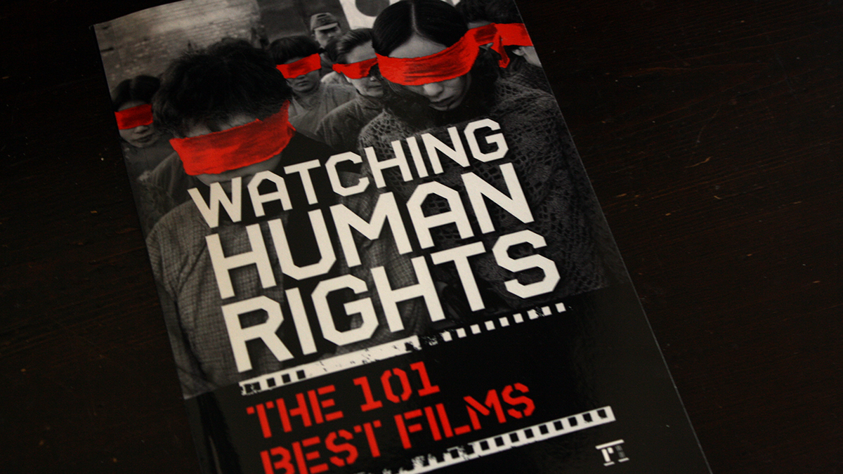 Fraai boek - Watching Human Rights