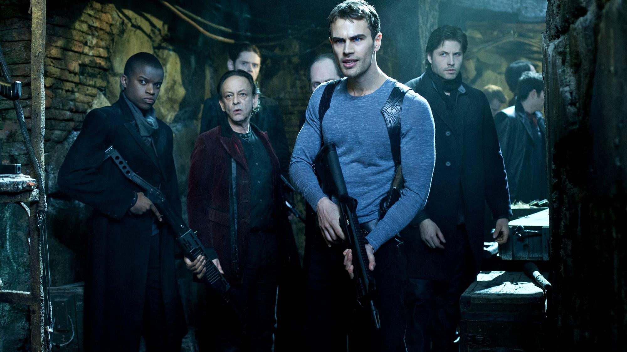 Theo James leidt 'Underworld' spin-off sequel