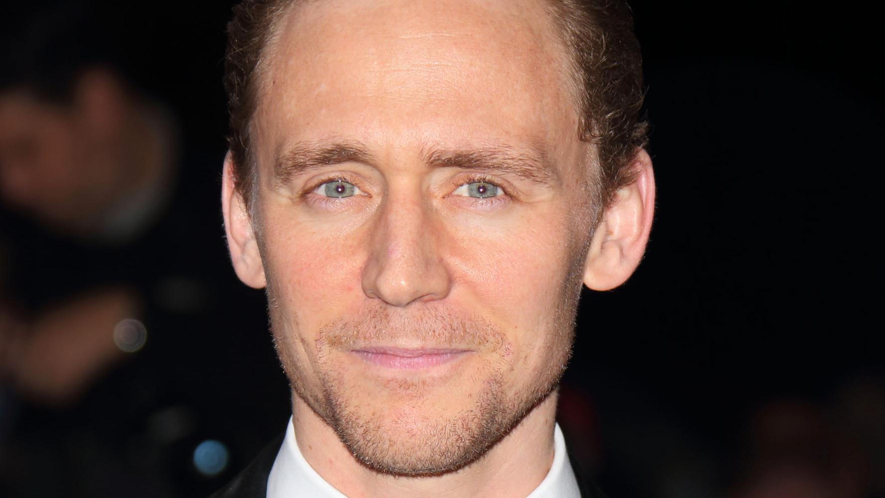 Tom Hiddleston gecast als Hank Williams in biopic 'I Saw the Light'