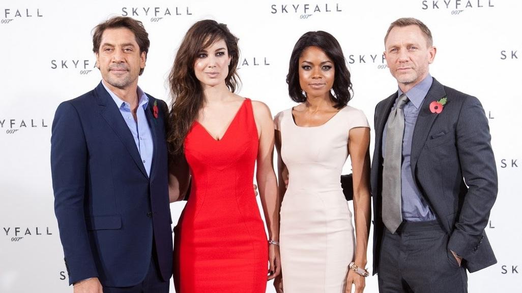 Eerste blik op Bondgirls in Skyfall