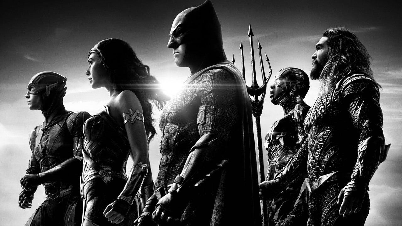 Zack Snyder over de eerste scène, de zwart-wit-versie én het vervolg op 'Justice League' - FilmTotaal