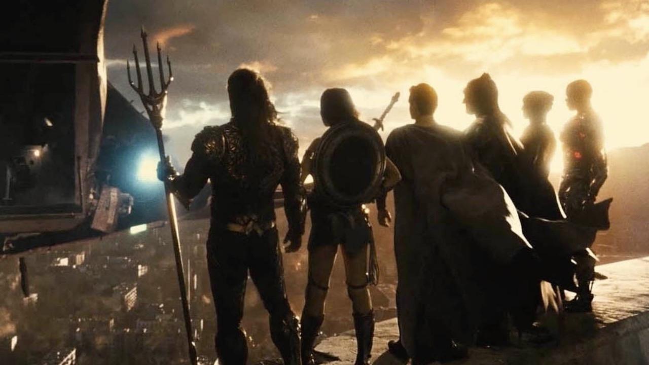 Epische nieuwe foto's 'Zack Snyder's Justice League' onthullen Darkseid en het team - FilmTotaal