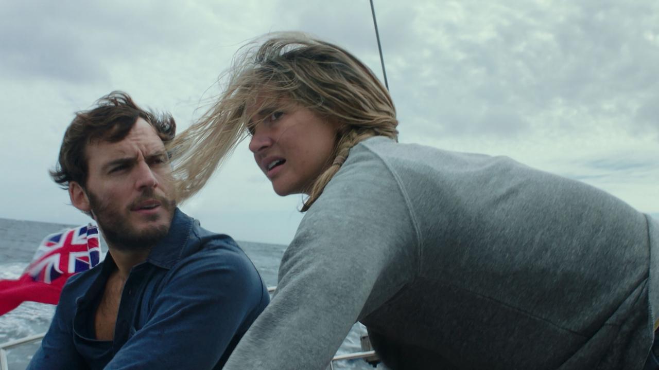 Probeer de orkaan te overleven in heftige trailer 'Adrift'