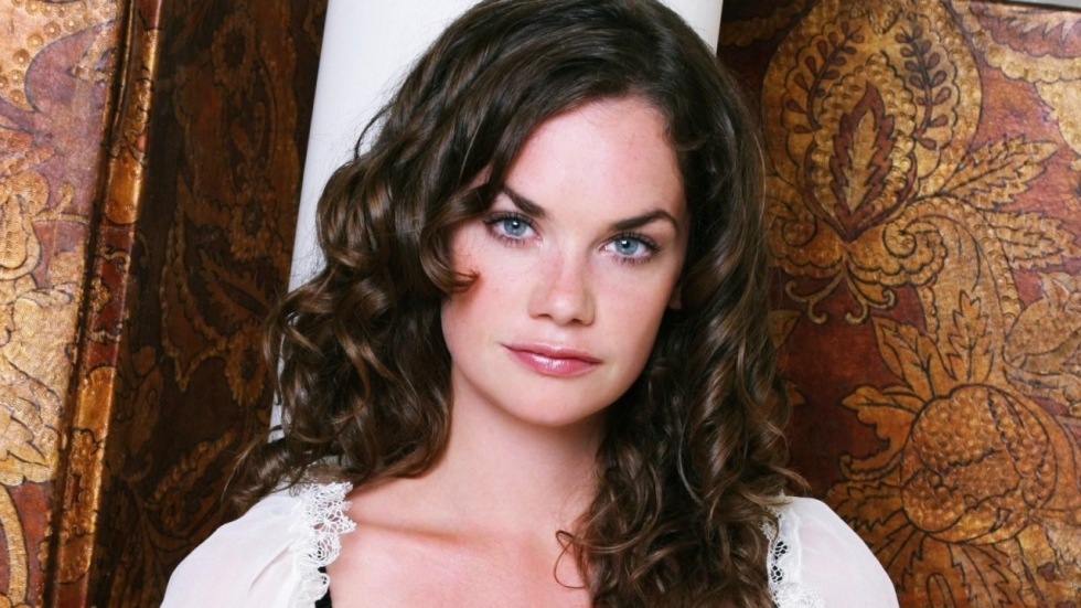 'I Am the Pretty Thing That Lives in the House' werft Ruth Wilson