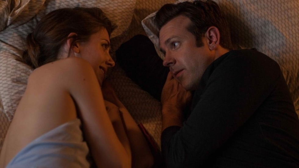 Trailer: Jason Sudeikis steunt Rebecca Hall in 'Tumbledown'