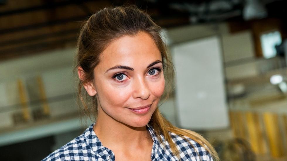 Eerste trailer 'Brasserie Valentijn' met Georgina Verbaan