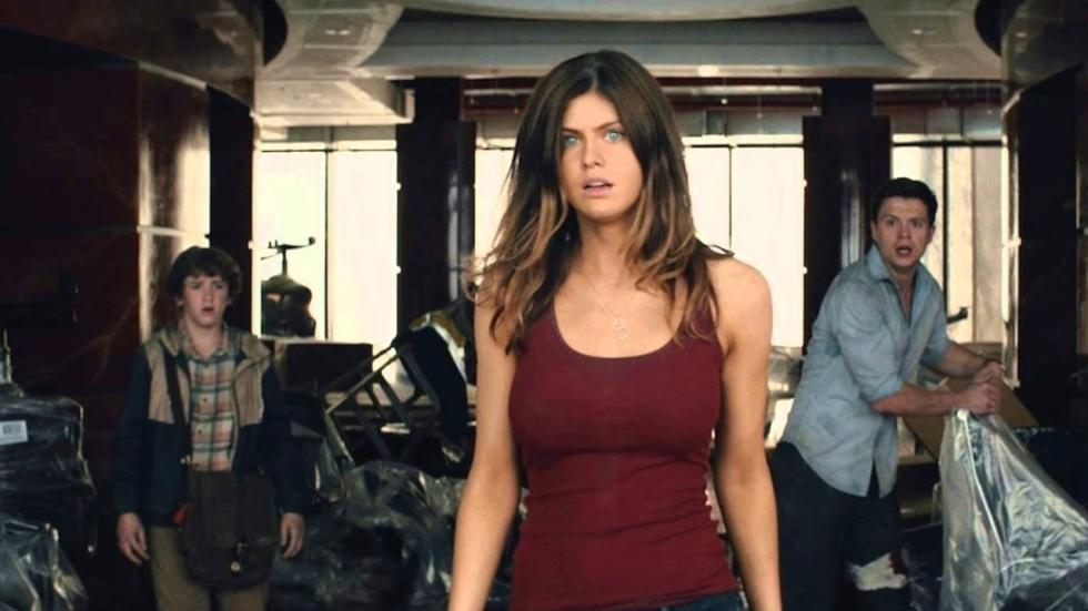 Alexandra Daddario wordt 'Baywatch'-babe