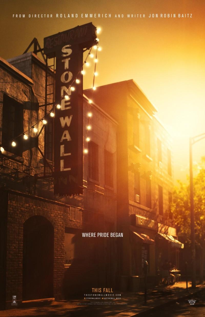 Eerste trailer Roland Emmerichs 'Stonewall'