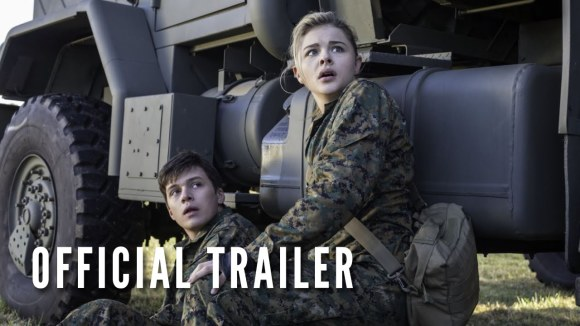 The 5th Wave - Official Trailer #1