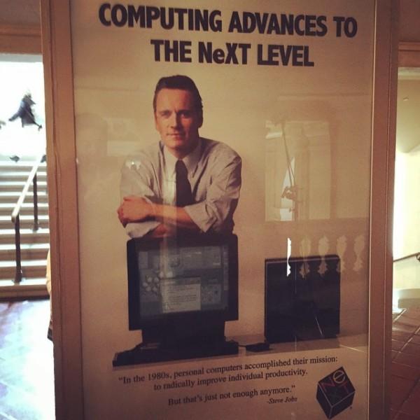 Michael Fassbender op NeXT-affiche 'Steve Jobs'