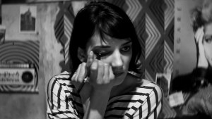 A Girl Walks Home Alone at Night (2014) video/trailer