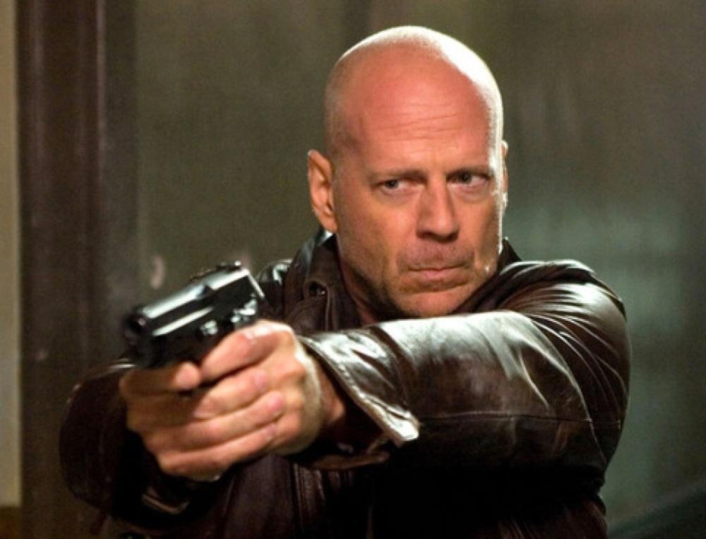 Bruce Willis speelt verbannen sociopaat in 'Wake'