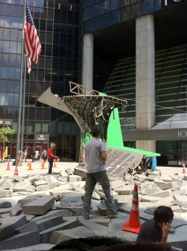 The Avengers crashen in New York (setfoto's)