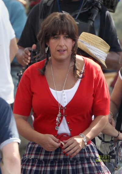 Eerst blik op Adam Sandler in Jack and Jill