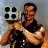 Verwijderde scène 'Commando': Schwarzenegger gebruikt afgehakte arm als wapen