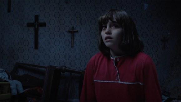 Freaky beelden in nieuwe trailer 'The Conjuring 2'