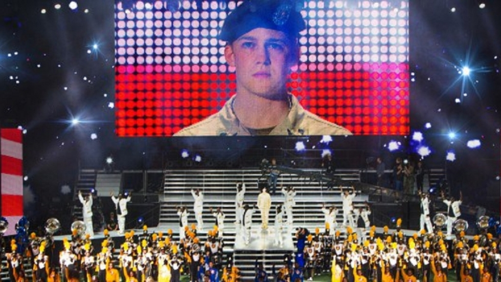 Eerste trailer Ang Lee's 'Billy Lynn's Long Halftime Walk'