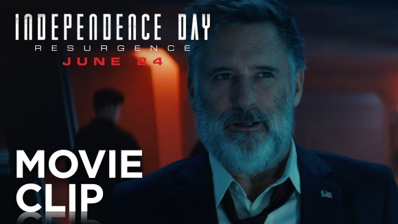 "Independence Day: Resurgence | ""Why Are They Screaming?"" Clip 