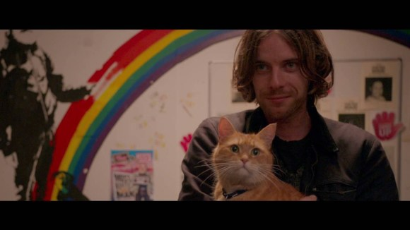 A Street Cat Named Bob - Official Trailer
