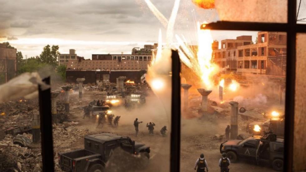 Ontploffingen op setfoto 'Transformers: The Last Knight'
