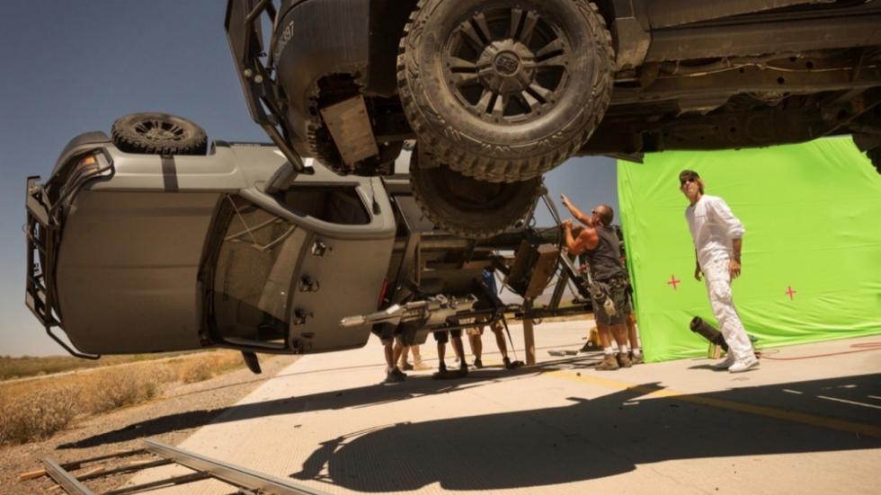 Voorbereidingen actie op setfoto 'Transformers: The Last Knight'