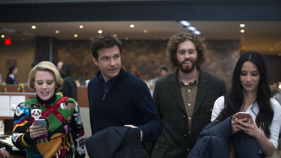 Episch kerstfeest in eerste trailer 'Office Christmas Party'