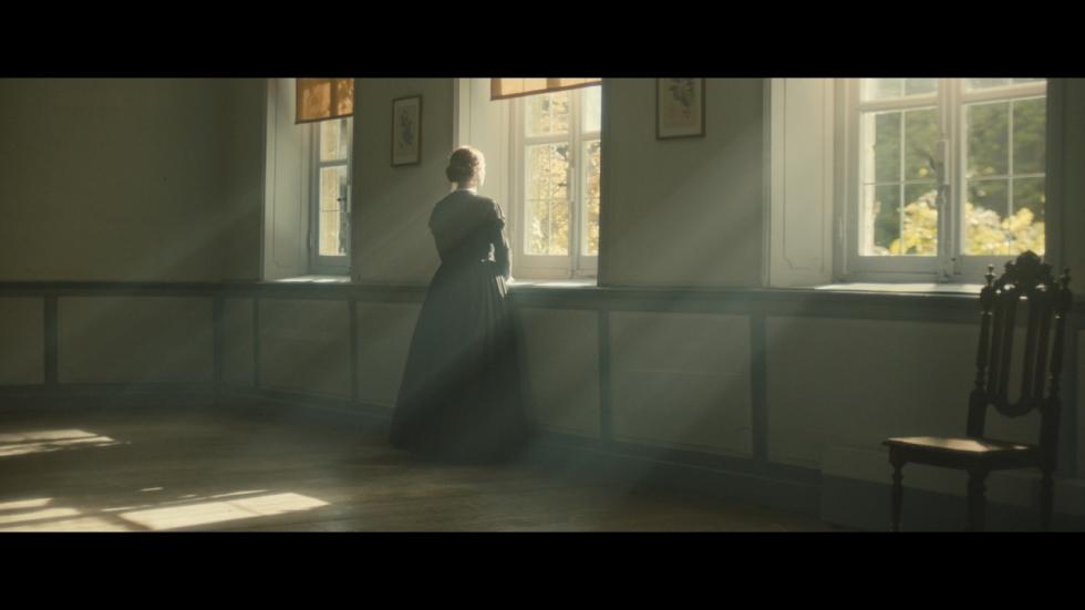 Trailer 'A Quiet Passion' met Cynthia Nixon als Emily Dickinson