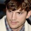 Ashton Kutcher gaat 1-jarig dochtertje niet in de schijnwerpers zetten