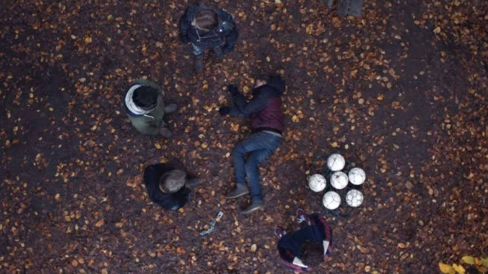 Eerste trailer Carry Slee-verfilming 'Kappen!'