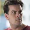 Charlie Sheen draait door in komedie 'Mad Families'