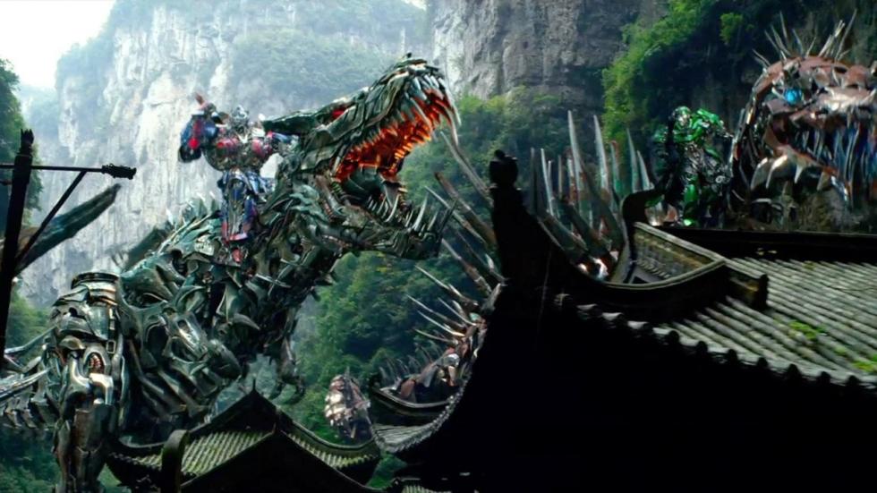 Mini-Dinobots naar 'Transformers: The Last Knight'