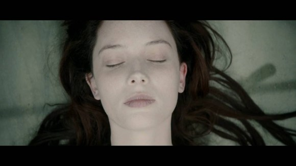 The Autopsy of Jane Doe - Red Band Trailer