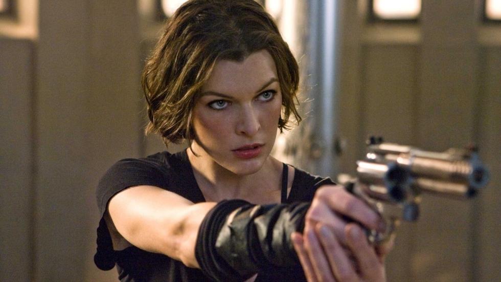 Alice maakt gehakt van zombies op Japanse poster 'Resident Evil: The Final Chapter'