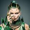Duidelijke blik op Bryan Cranstons Zordon & meer op foto's 'Power Rangers'