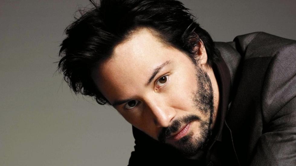 Keanu Reeves bidt om film te behouden in 'The Film Prayer'