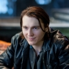 Piloot Paul Dano krijgt te maken met terroristen in thriller '7500'