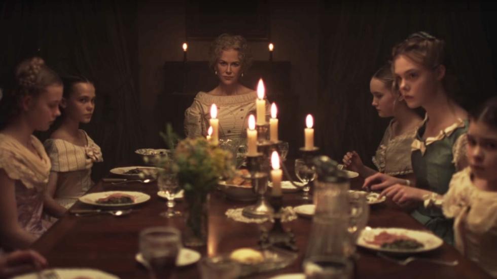 "Colin Farrell omringd door ""bitches"" in eerste trailer 'The Beguiled'"