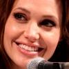 Angelina Jolie doet boekje open over haar scheiding