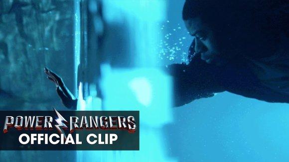 Power Rangers - Clip:  Under Water
