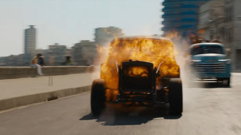 Vlammende race in eerste clip 'The Fate of the Furious'