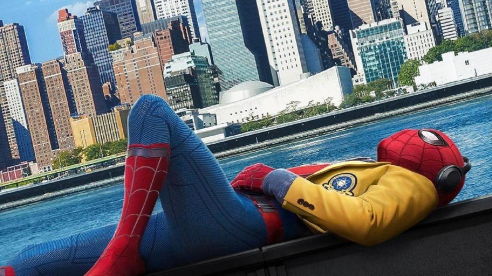 Spider-Man aan Avengers Tower op officiële posters 'Spider-Man Homecoming'