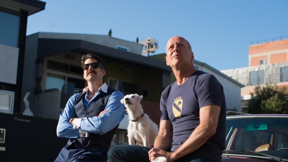 Bruce Willis wil zijn gestolen hond terug in trailer 'Once Upon a Time in Venice'