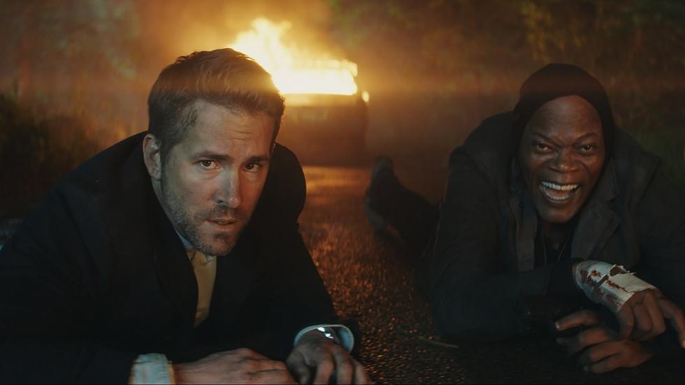 Samuel L. Jackson & Ryan Reynolds irriteren elkaar in 2e trailer 'The Hitman's Bodyguard'
