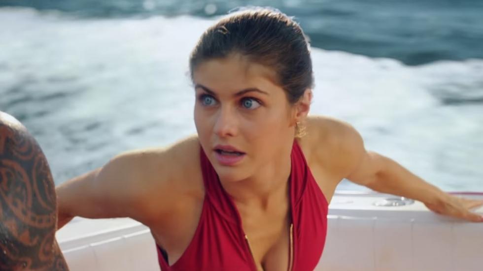 Grote, ronde, kleine en harige ballen in Red Band-trailer 'Baywatch'