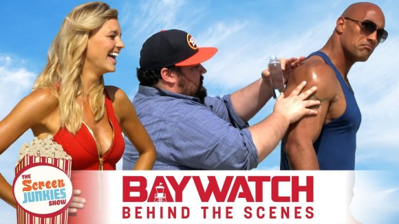 ScreenJunkies - Super-fan oils up the rock on set of the baywatch movie!