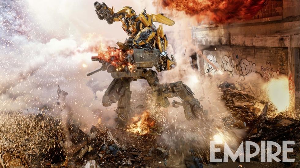Bumblebee vs machine op foto 'Transformers: The Last Knight'