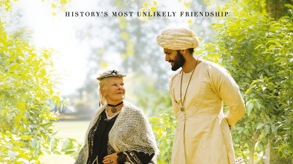 Judi Dench is weer leuke Engelse koningin in trailer 'Victoria & Abdul'